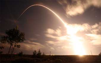 Start Cosmo Skymed; Credit: Boeing / Tom Baur