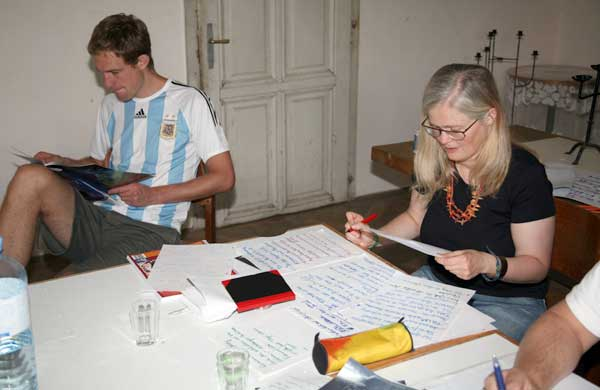 Besprechung im Rittersaal; Bild: Stephan Fichtner