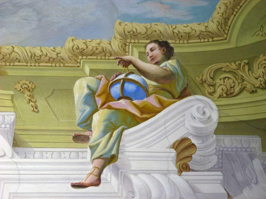 Urania in der Stiftsbibliothek Melk; Bild: Johanna Spiller