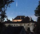 Meteor über Schloss Albrechtsberg; Credit: Sebastian Voltmer