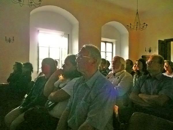Publikum beim öffentlichen Vortrag; Credit: Maria Pflug-Hofmayr